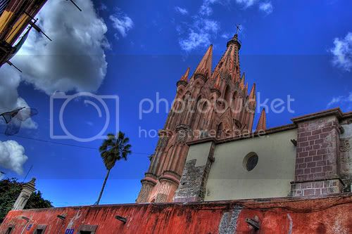San Miguel de Allende, Mexico - Photo by jj.figueroa