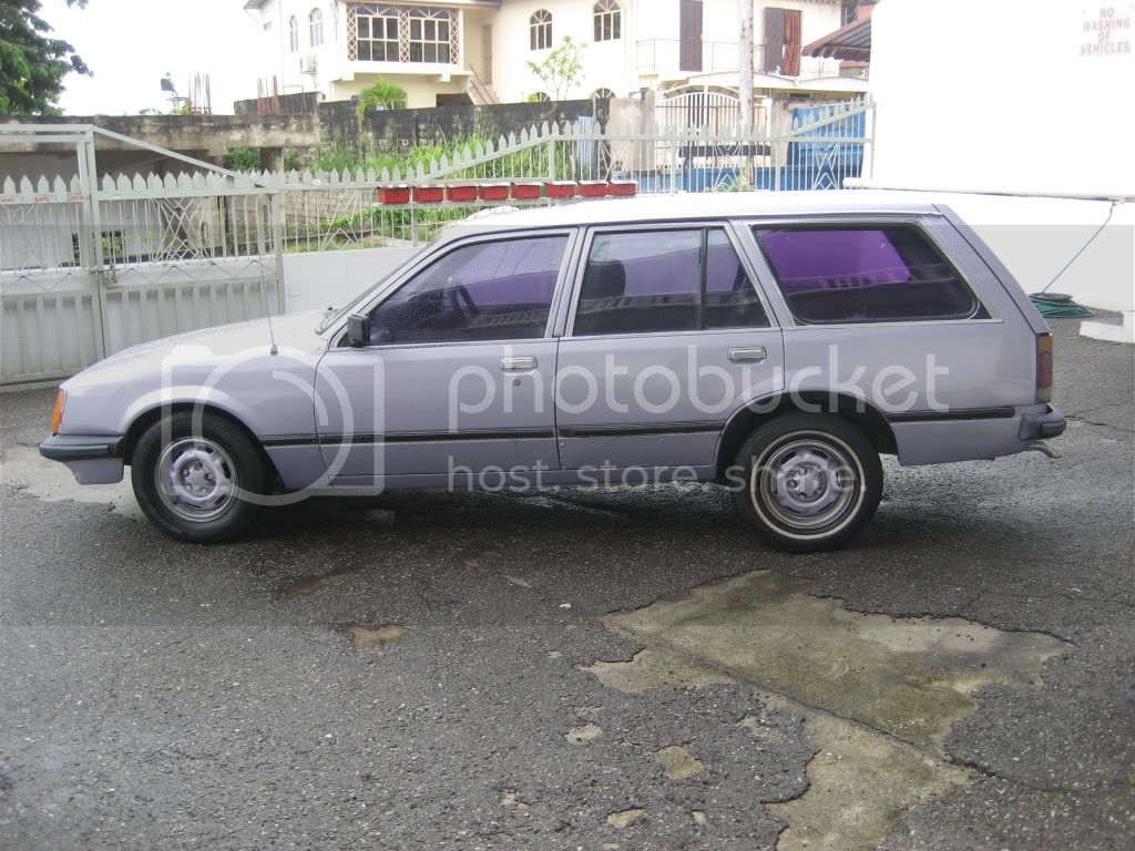 Commodore vehicle for sale